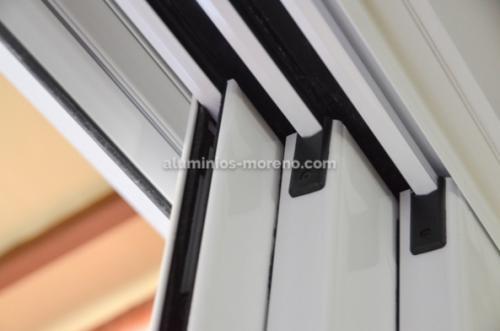 Mejora cierre aluminio jardin / Aluminios Moreno